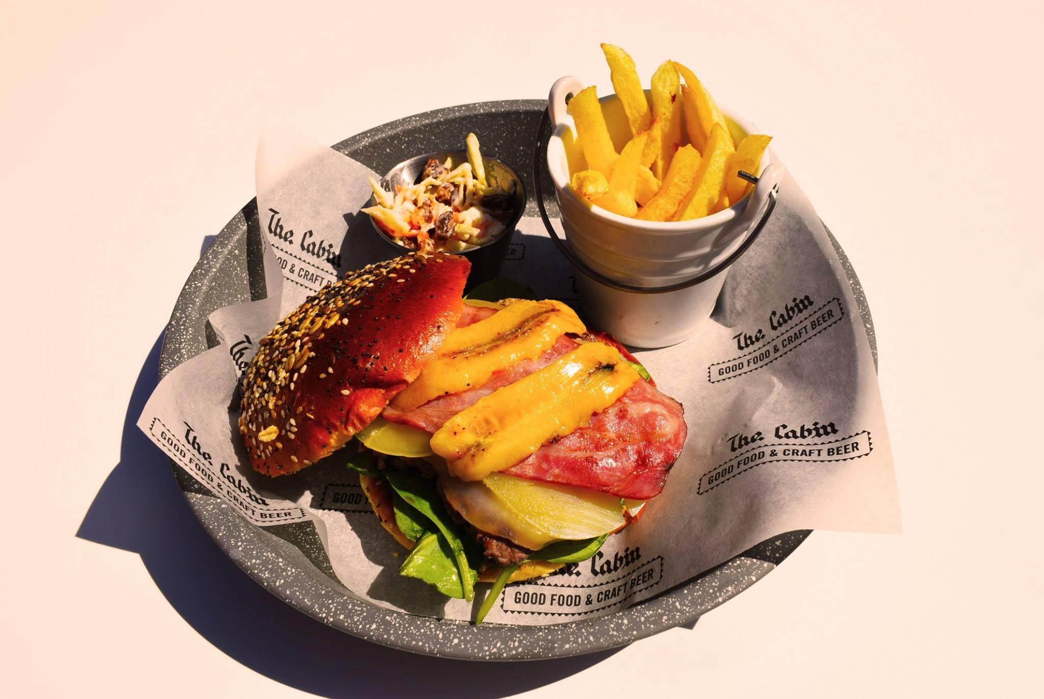 cabin_burger_1