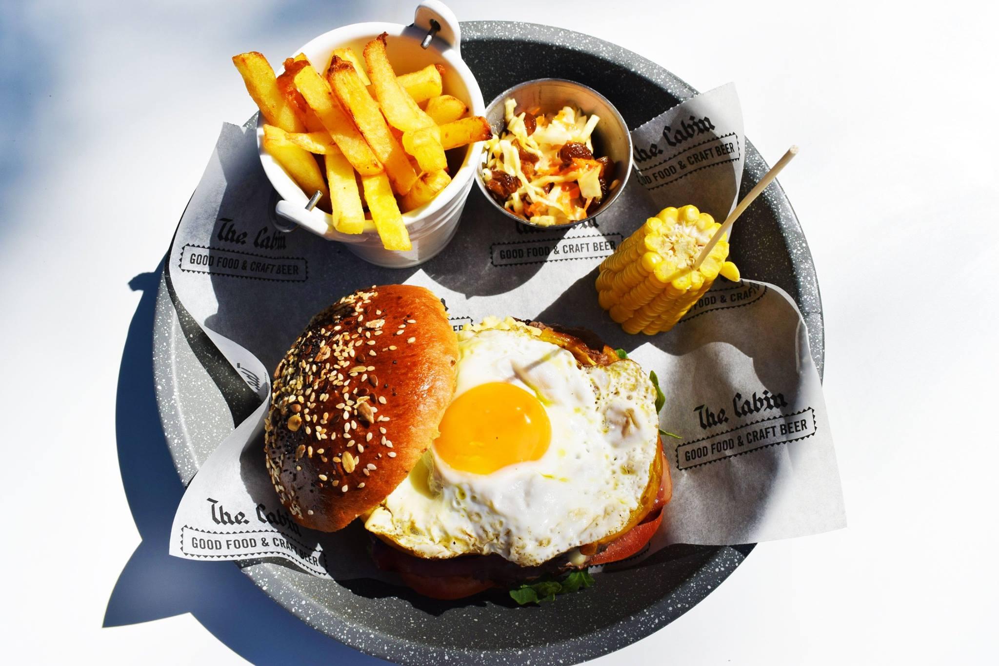 cabin_burger_4